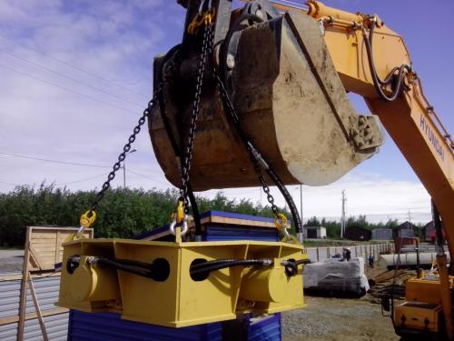 навесное оборудование для срезки свай «Гидрозуб-5» от производителя.