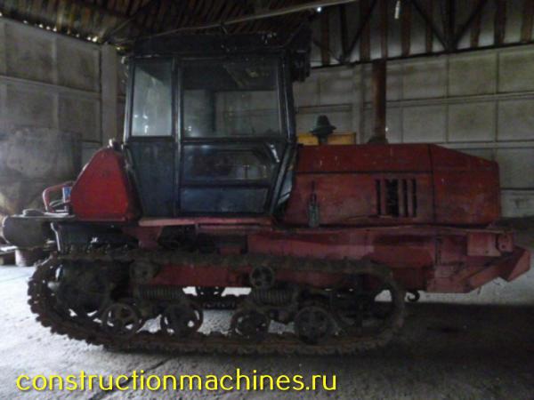Гусеничный трактор вт-100 - 2000 г/в
